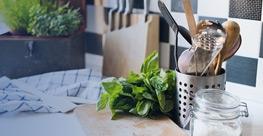 Dodatki za kuhinjo in jedilnico