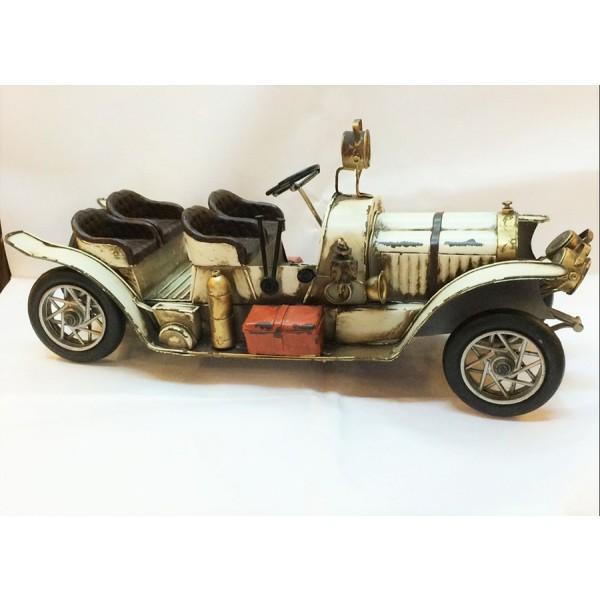 Dekorativna figura CAR