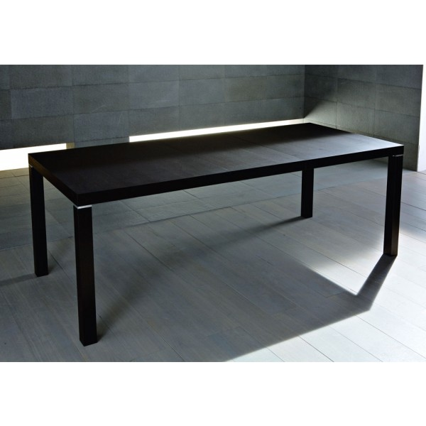 Jedilna miza City 160: raztegnjena