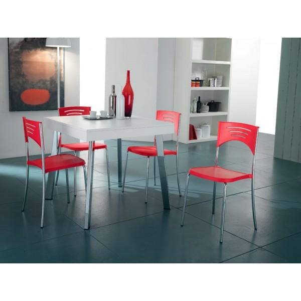 Raztegljiva miza BRIO in 4 stoli Break