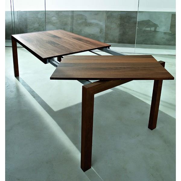 Jedilna miza Caleido: raztezanje 2. korak