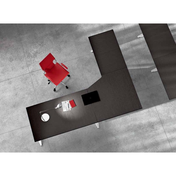 Kotna pisalna miza TK01 240x200 - Tloris
