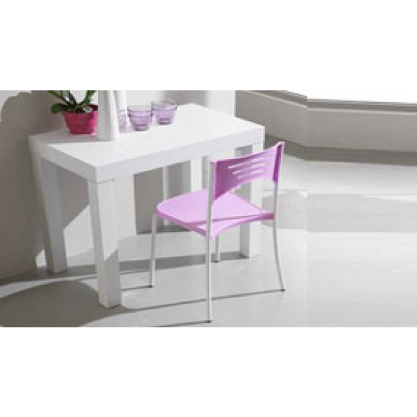 Raztegljiva miza DREAM in 4 stoli Break