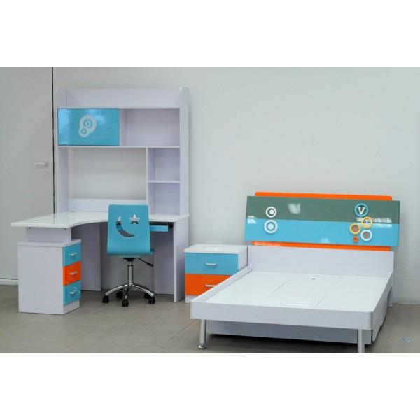 Otroška soba Tri Color - postelja in pisalna miza