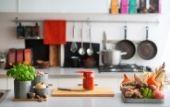 https://www.salonpohistva.si/media/wysiwyg/blog/nadgradnja-kuhinje-mailing.jpg